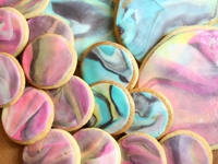 A Kailo Chic Life Marbled Cookies