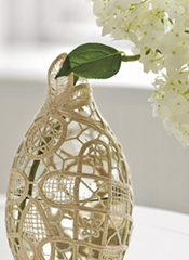 CountryLiving Doily Vase