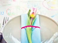 Craft and Creativity Tulip Table Decoration