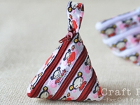 CraftPassion Zip-Itself Coin Purse