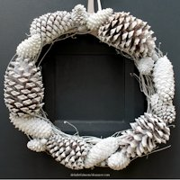 Delightful Mom Food Pine Cone Winter Wreath