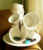 ElBrooklynTaco Tea Cups Jewelry Holder
