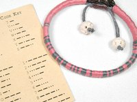 Envato Tuts Erica Munoz Leather and Yarn Bracelet