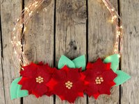 I Heart Maggie Illuminated Christmas Wreath