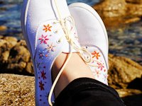 Motte Embroidered Canvas Shoes