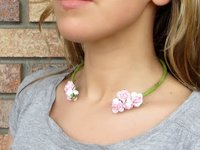 My White idea Faux Flower Necklace