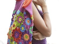 Schachenmayr Crocheted Flower Bag