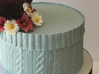 instagram mbloom_cakes Knit Cable Cake