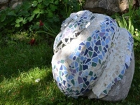 instructables die_Niam Mosaic Garden Sculpture