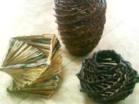instructables shazni Woven Newspaper Vase II