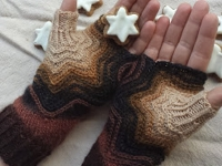 knitting-and-so-on Zimtstern Fingerless Gloves