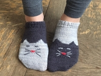 ravelry Geena Garcia YinYang Kitty Ankle Socks