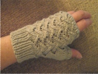 ravelry Paula McKeever Fingerless Lace Gloves