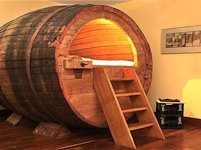 upcycleDZINE Beer Barrel Bed